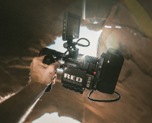 challenges of outdoor filmmaking - epic red camera